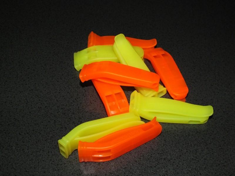 Fischietti in colore fluo